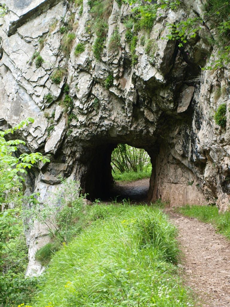 Uno d elos túneles excavados en la roca