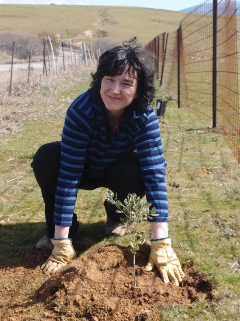 Planta con nosotros en  Casa Rural El mirador de la cigüeña